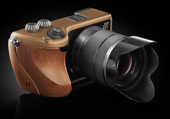Hasselblad Lunar: High-End Mirrorless Cameras