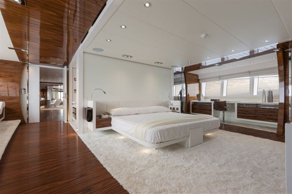 Vicem 46M Yacht Wins Interior Design Award, Bedroom