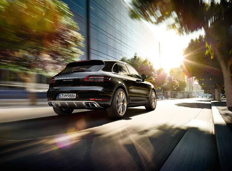 2015 Porsche Macan, Black In Action