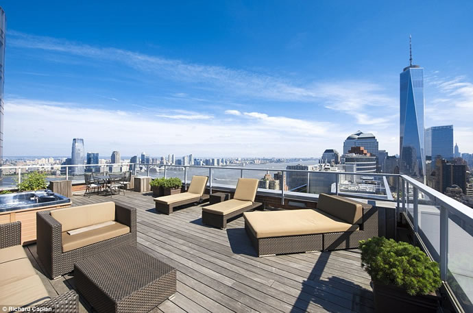 inside-the-118-5-million-two-story-property-also-the-most-expensive-apartment-in-manhattan8