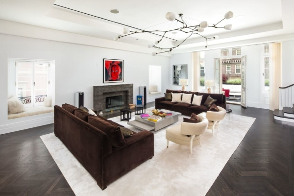 jimmy-choo-co-founder-lists-nyc-penthouse-for-34m4