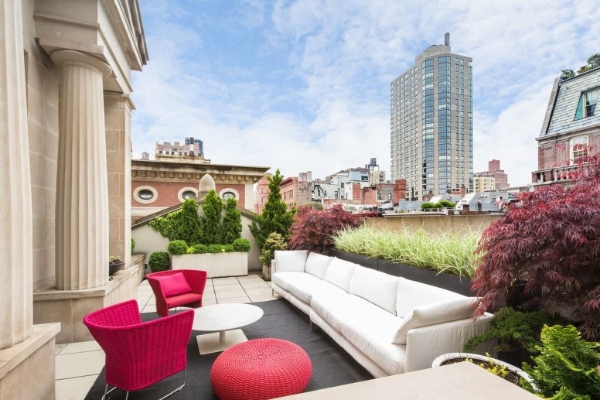 jimmy-choo-co-founder-lists-nyc-penthouse-for-34m5