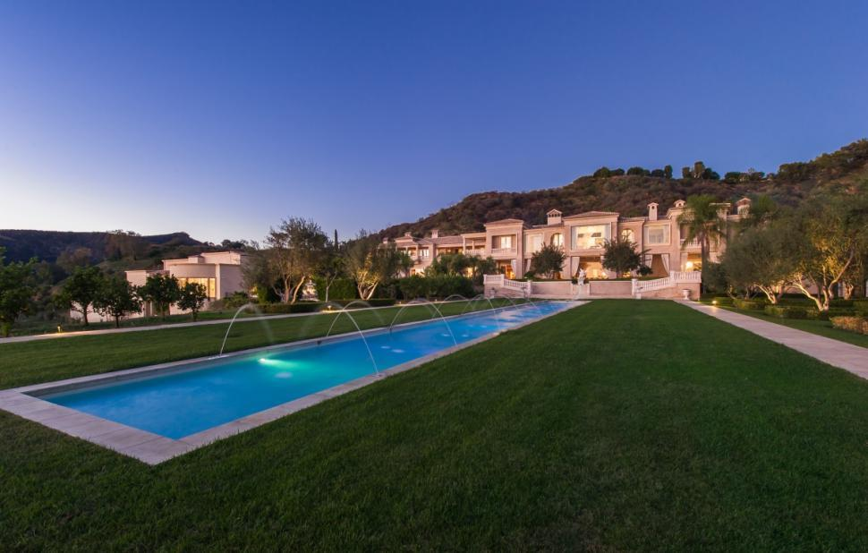 195m-beverly-hills-estate-is-now-americas-most-expensive-comes-with-27-car-garage-and-vineyard5