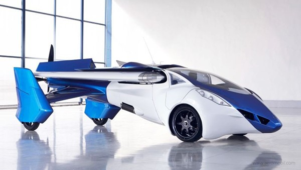 A closer Look at the AeroMobil Flying Car