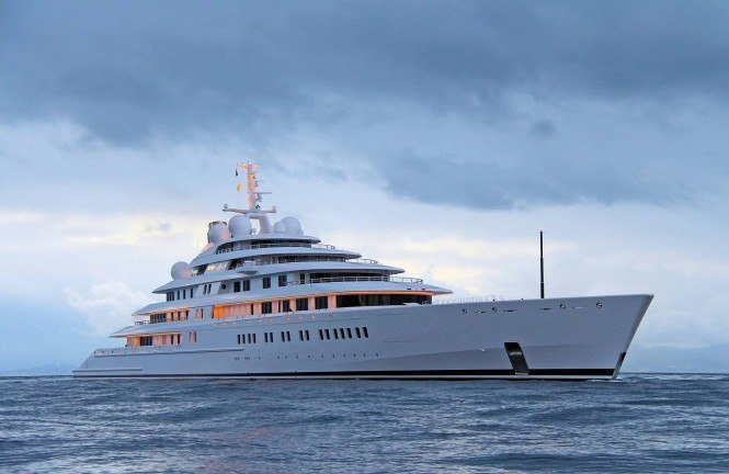 605m-superyacht-the-worlds-largest-and-most-expensive-makes-first-voyage4