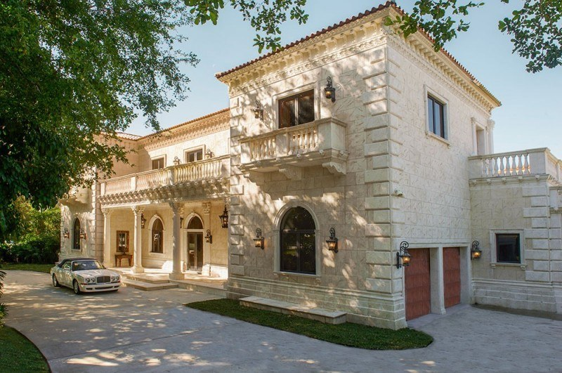 ornate-palm-beach-palace-listed-for-30m1