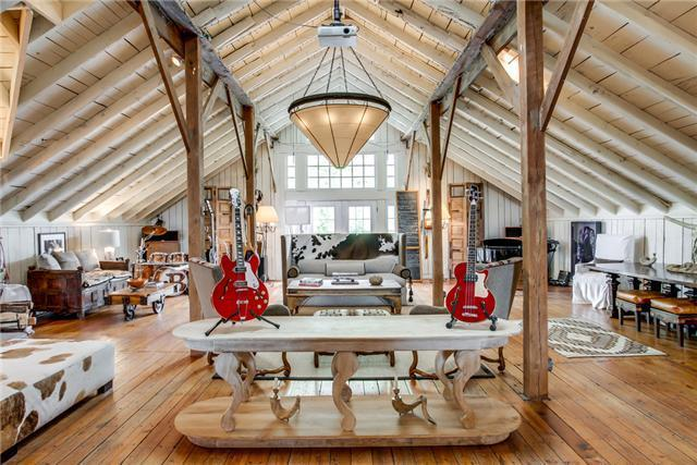 Country Superstar Ronnie Dunn Lists Nashville Mansion For