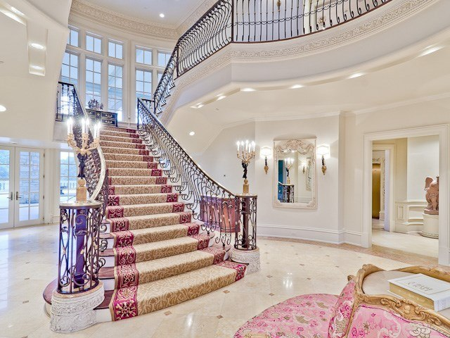 50m Mansion Featuring Chanel Inspired Closet Listed For