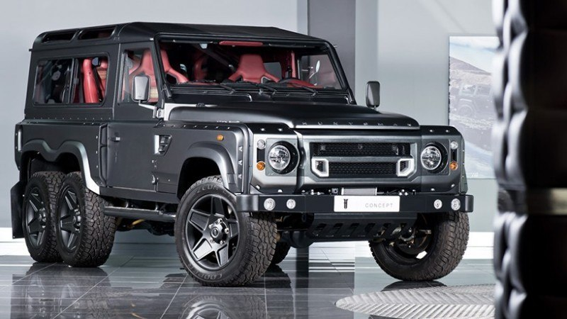 flying-huntsman-6x6-is-a-six-wheeled-land-rover-defender1