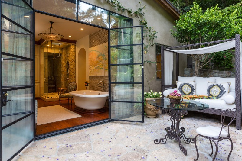 actress-sela-ward-puts-bel-air-estate-on-the-market-for-40m14