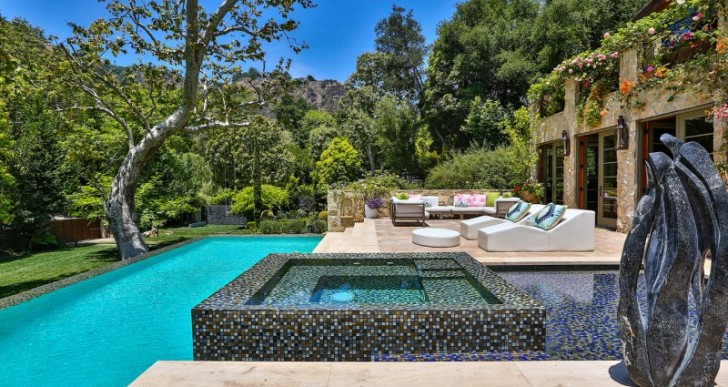 Actress Sela Ward Puts Bel Air Estate on the Market for $40M