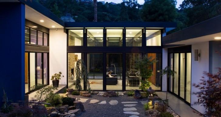 Atrium House by Klopf Architecture