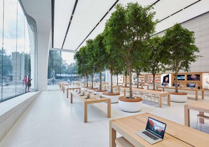 First Jony Ive-Designed Apple Store Features Live Trees