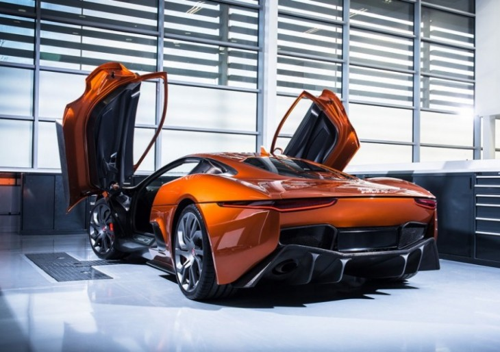 Jaguar and Land Rover Unveil Cars From James Bond 'Spectre' Movie ...