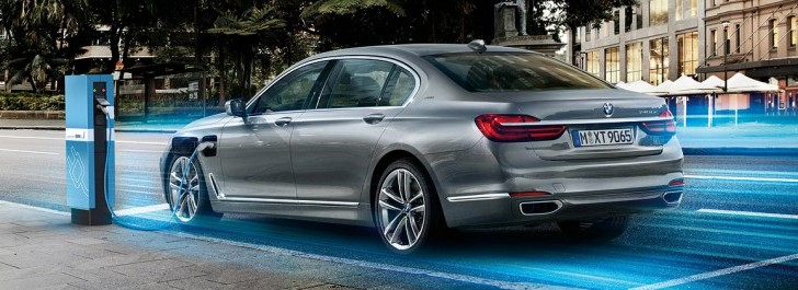 BMW to Offer 3 Series and 7 Series As Plug-In Hybrids