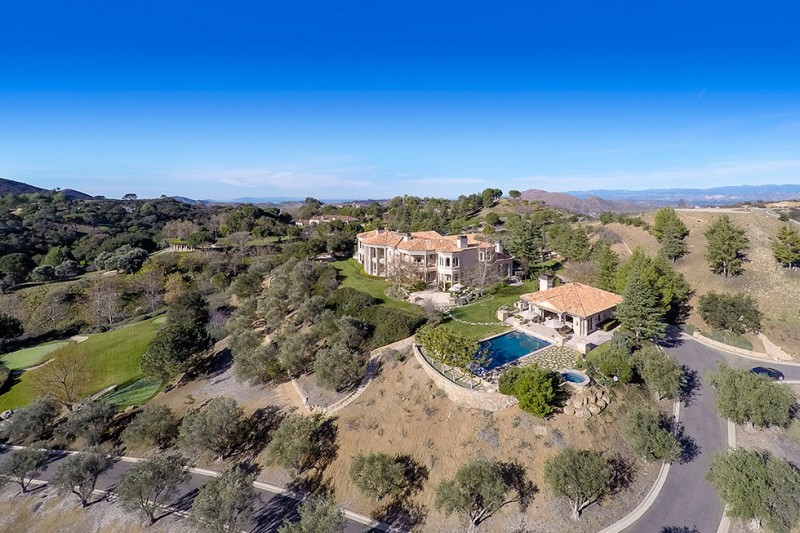 Britney Spears Just Bought This 21 Acre Compound In