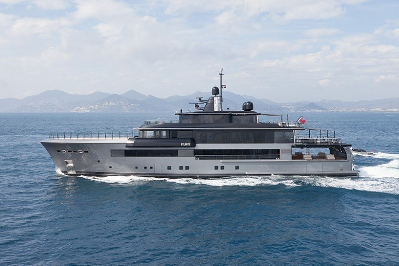 CRN-55m-atlante-luxury-yacht3
