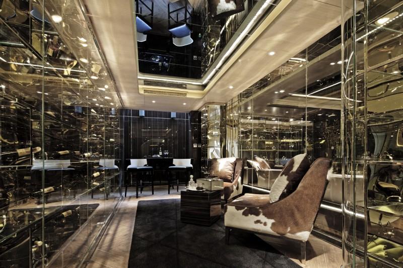 Golden Eye by Alexander Wong (24) - Wine & Cigar Room