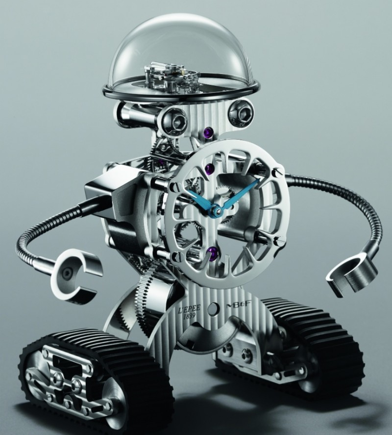 mbf-sherman-is-a-robot-shaped-clock5