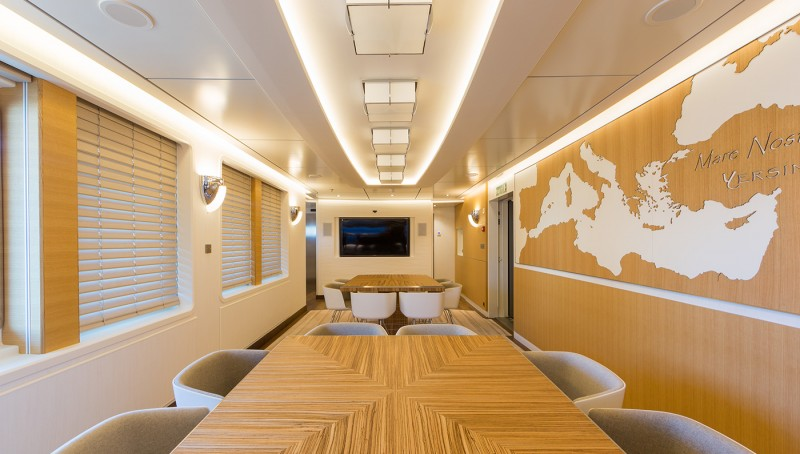 this-18-passenger-explorer-superyacht-can-take-you-on-some-serious-expeditions6
