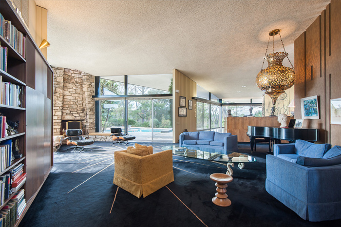 Luc Besson Just Bought Charlton Heston S Beverly Hills