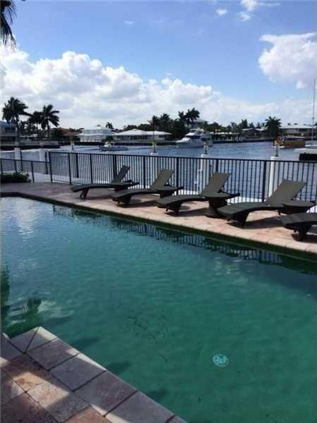 mlb-mvp-miguel-tejada-lists-ft-lauderdale-home-for-4m13