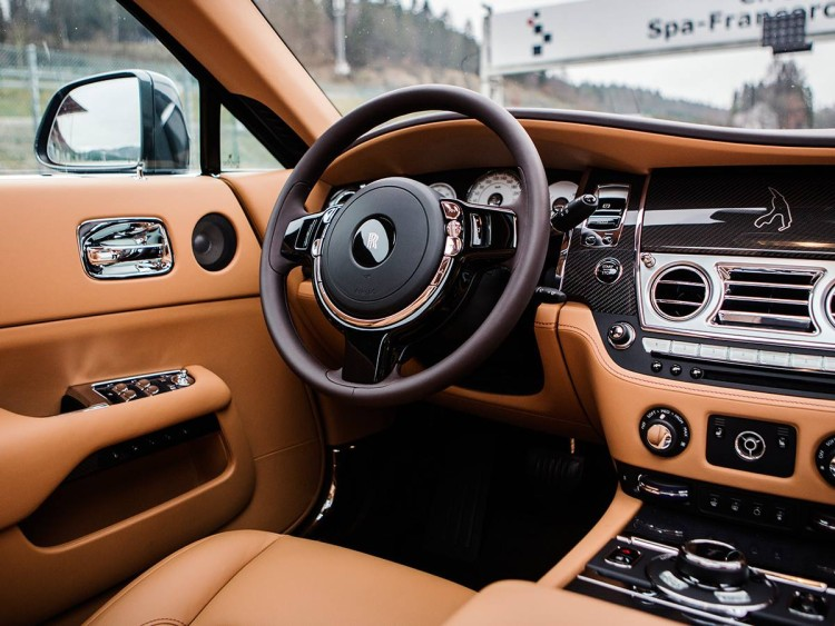 special-edition-rolls-royce-wraith-is-a-tribute-to-spa-francorchamps-circuit5