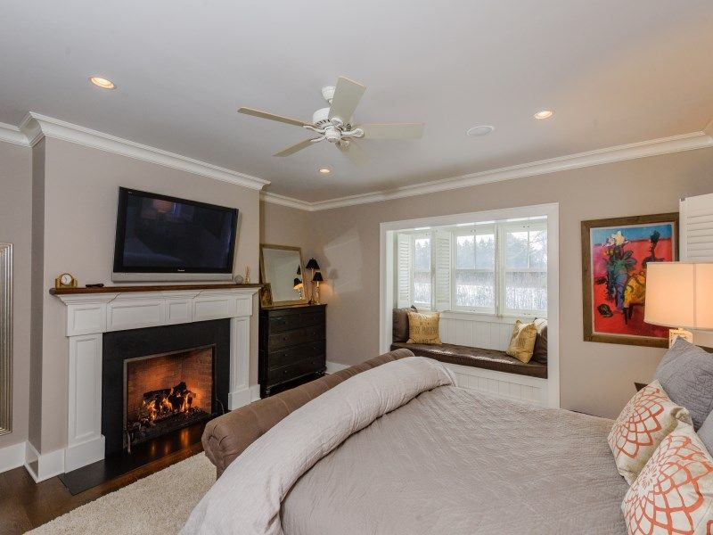 joy-behar-puts-her-hamptons-home-on-the-market-for-3-8m12
