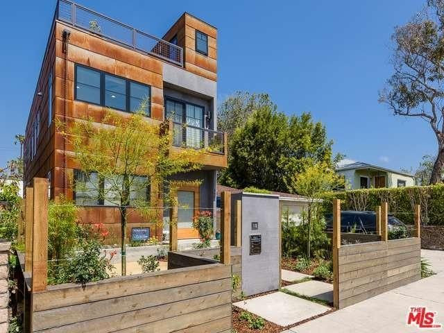 'Avengers' Star Don Cheadle Takes $2.4M for Heavily Renovated Home in Venice