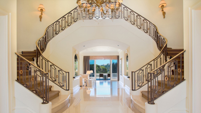 billionaire-steve-wynn-selling-bel-air-mansion-for-16m3