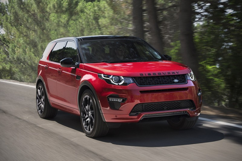 the-2017-land-rover-discovery-sport-gets-a-refresh-and-a-black-limited-edition-trim1