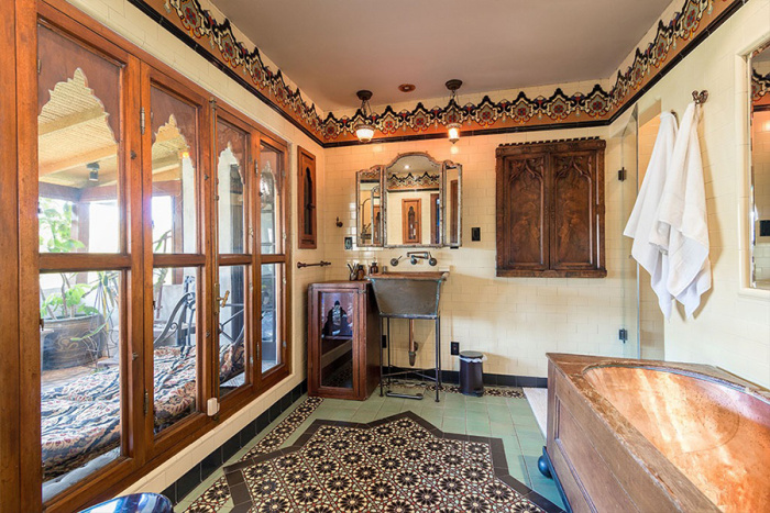 eagles-bassist-timothy-b-schmit-selling-1920s-hollywood-home-for-2m12