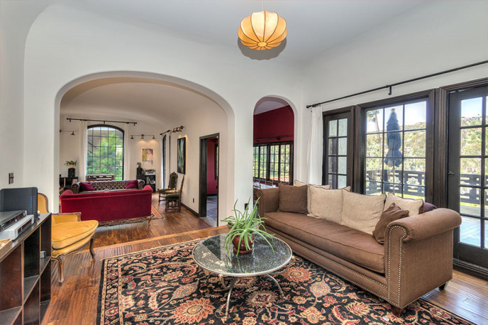 eagles-bassist-timothy-b-schmit-selling-1920s-hollywood-home-for-2m5