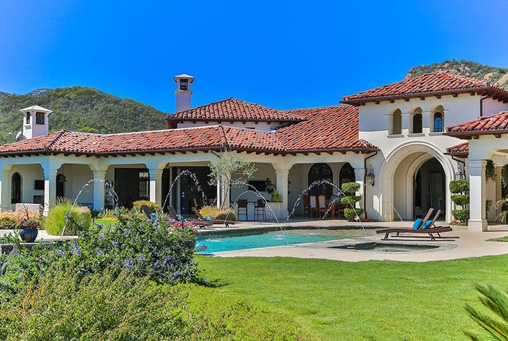 Britney Spears Finally Unloads Her Lake Sherwood Home For 7m American Luxury