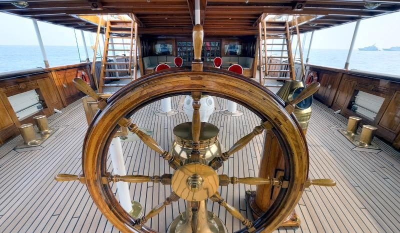 historic-steam-powered-ss-delphine-super-yacht-hits-market-for-22m40