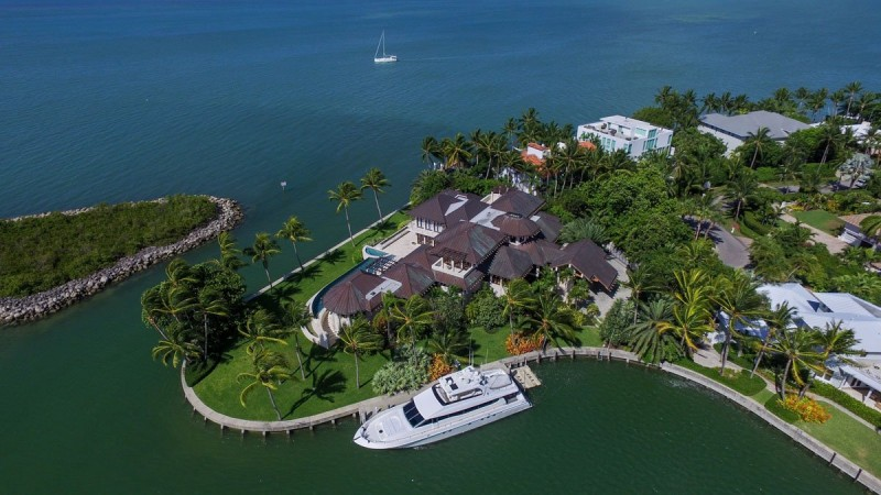 39m-miami-vice-home-hits-the-market-in-florida14