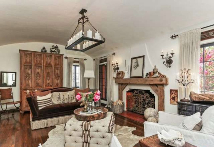 beauty-queen-cum-actress-ali-landry-lists-l-a-home-for-2-4m4