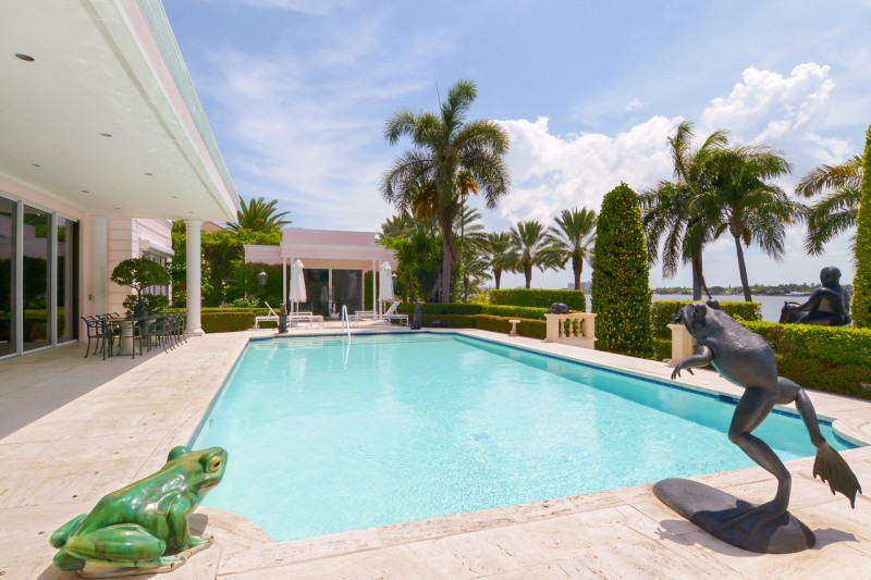 estate-of-late-max-fisher-businessman-and-mideast-diplomat-asks-26m-in-palm-beach13
