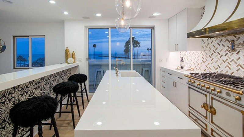 kelly-dodd-real-housewife-seeking-6-3m-for-orange-county-contemporary30