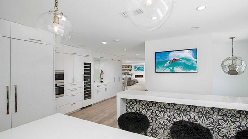 kelly-dodd-real-housewife-seeking-6-3m-for-orange-county-contemporary7
