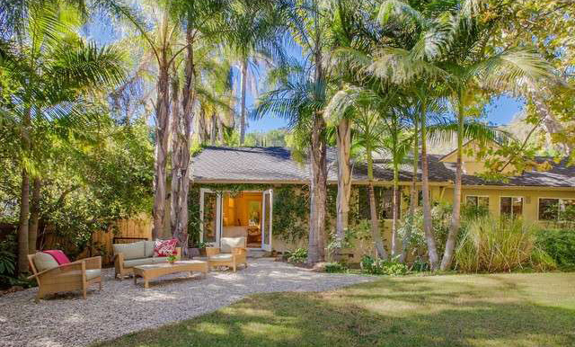 peter-gallagher-knocks-750k-off-brentwood-ask20