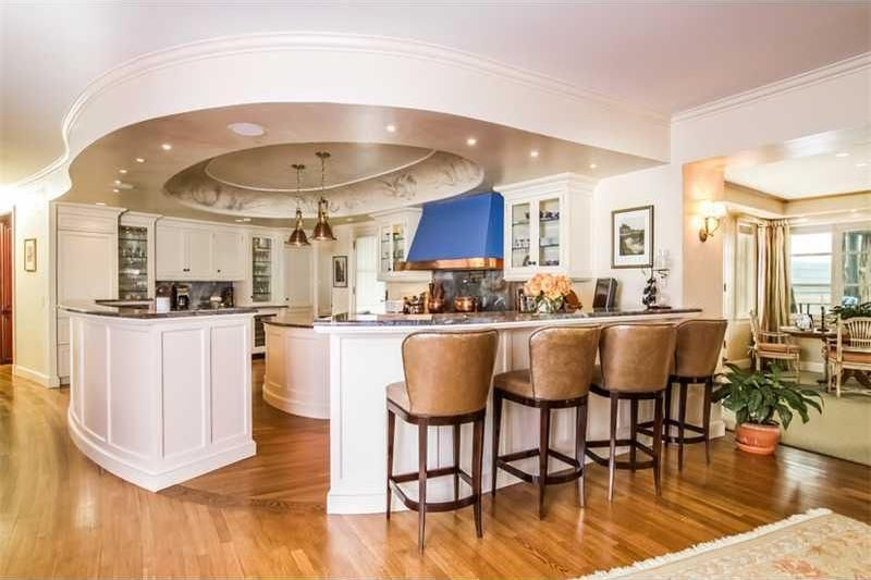 the-19m-seafair-cottage-is-rhode-islands-most-expensive-property15