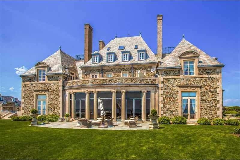 the-19m-seafair-cottage-is-rhode-islands-most-expensive-property23