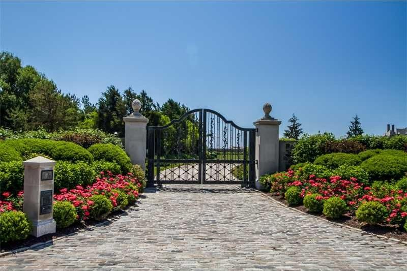 the-19m-seafair-cottage-is-rhode-islands-most-expensive-property3