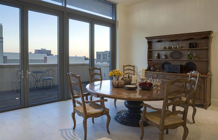 4-5m-gets-walking-dead-producer-gale-anne-hurd-a-penthouse-in-pasadenas-posh-montana-building3