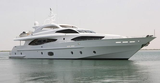 $6.5M Can Buy You This Decked-out 121-Footer from Majesty yachts