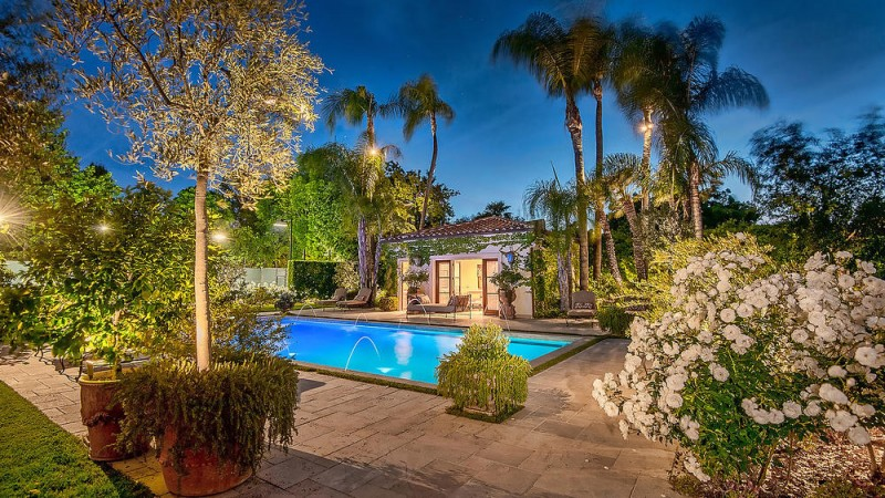 dick-van-dykes-former-encino-home-sells-for-6-5m18