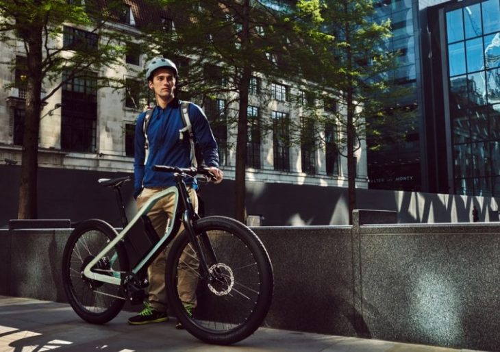Klever Mobility's Klever X is an E-Bike With an Angular Loop Frame