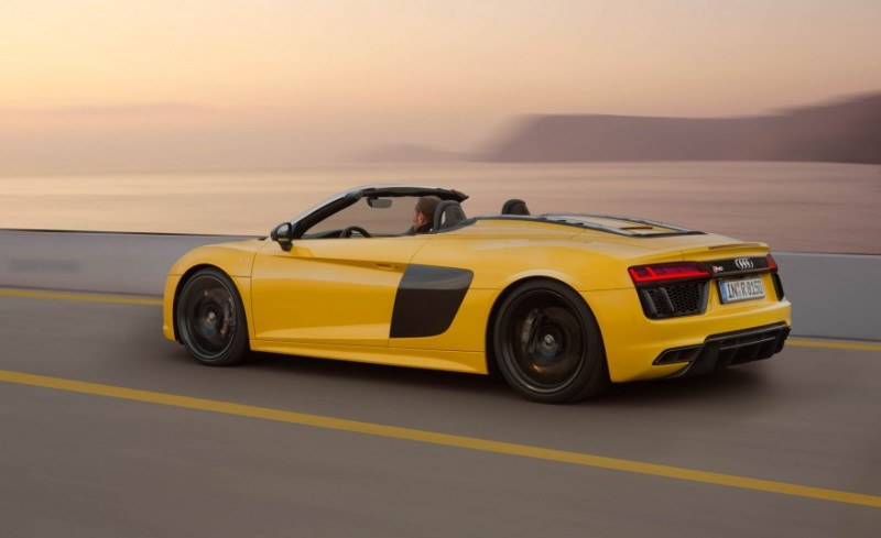 audi-gives-its-most-powerful-car-a-convertible-top-with-r8-spyder7