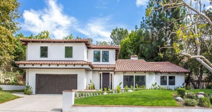 'Dancing With the Stars' Choreographer Mark Ballas Flipping Renovated Beverly Hills Home for $4.3M